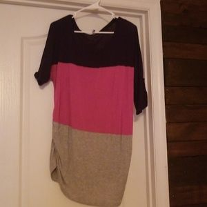 Pink blue and grey maternity tunic